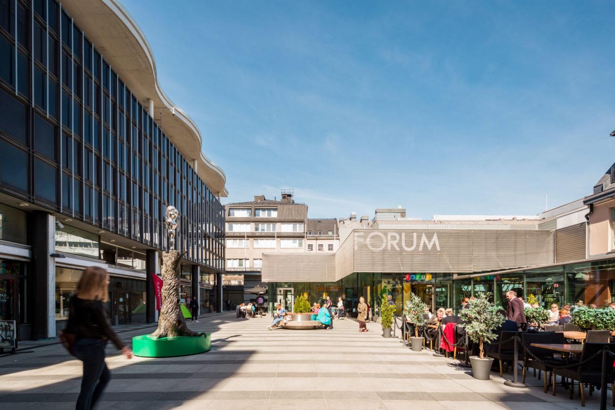Simonkatu 8, Helsinki, Kamppi